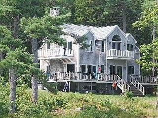 Waterfront Home; 3 bedroom, private setting; biking & boating out our door wow my family would love this