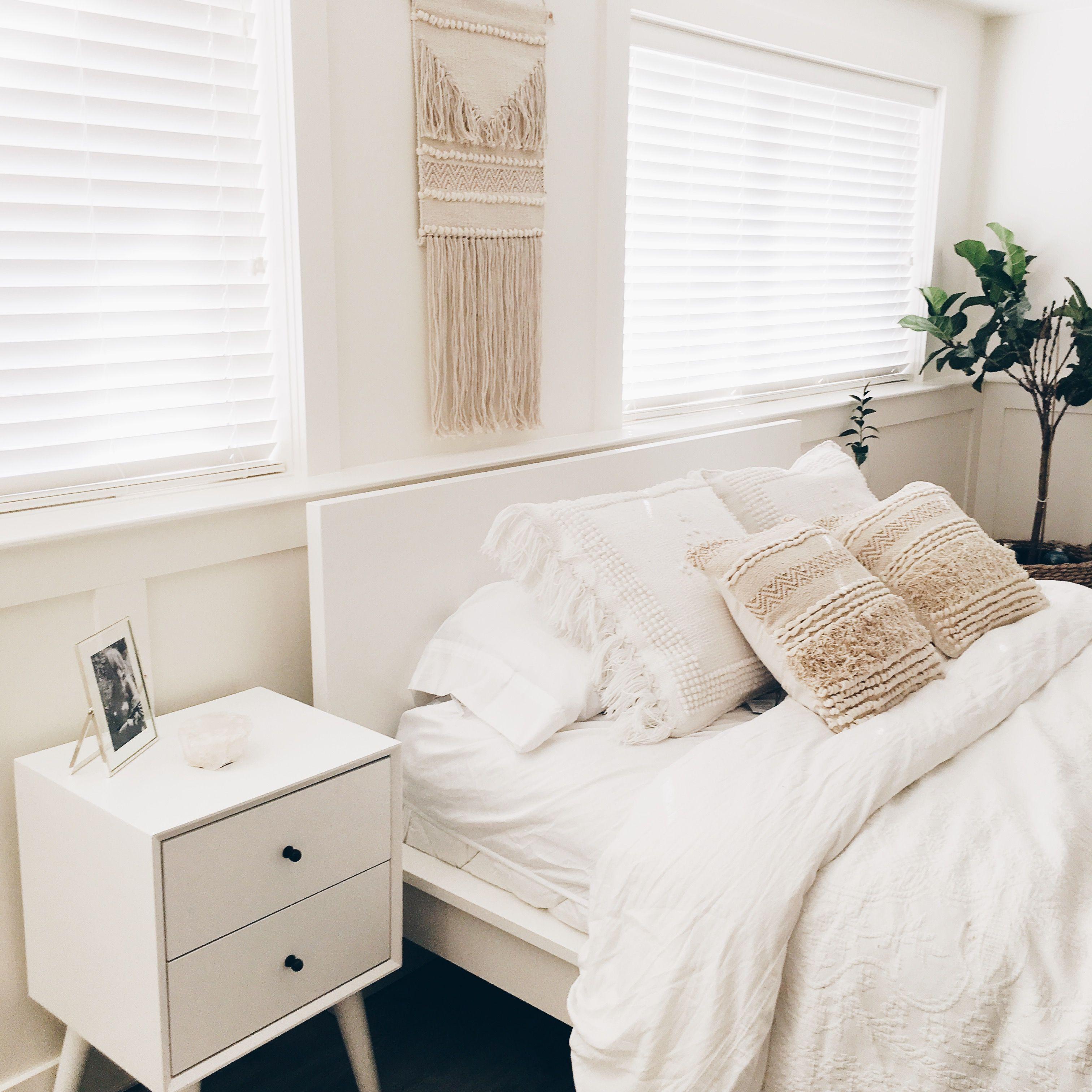 bohemian mid century modern bedroom instagram: peytonvance ...