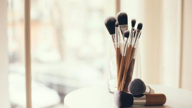 Photo of 7 Best Ways to Clean Makeup Brushes Professionally   Pouted