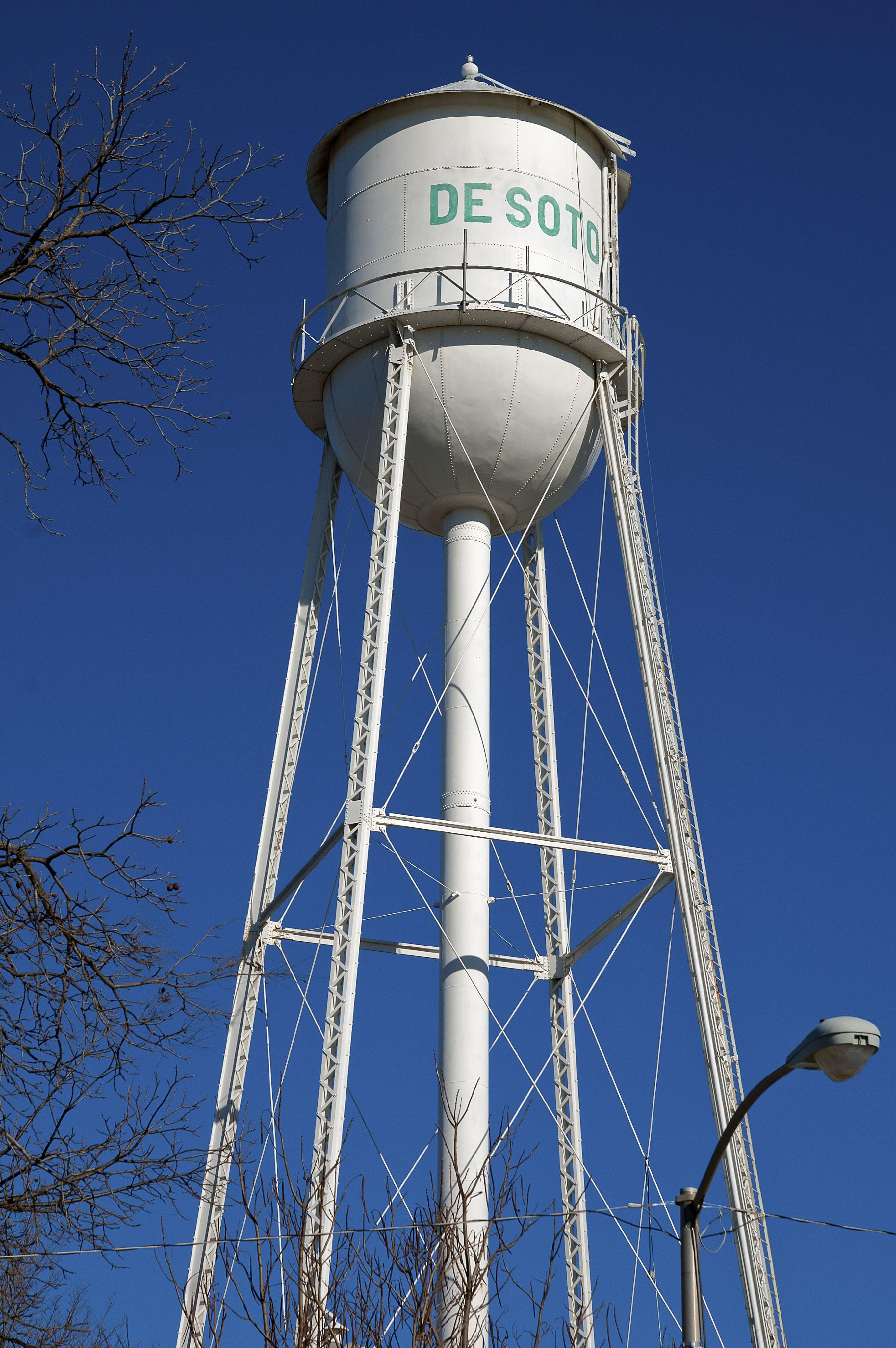 Desotoks western johnson countyks water tower