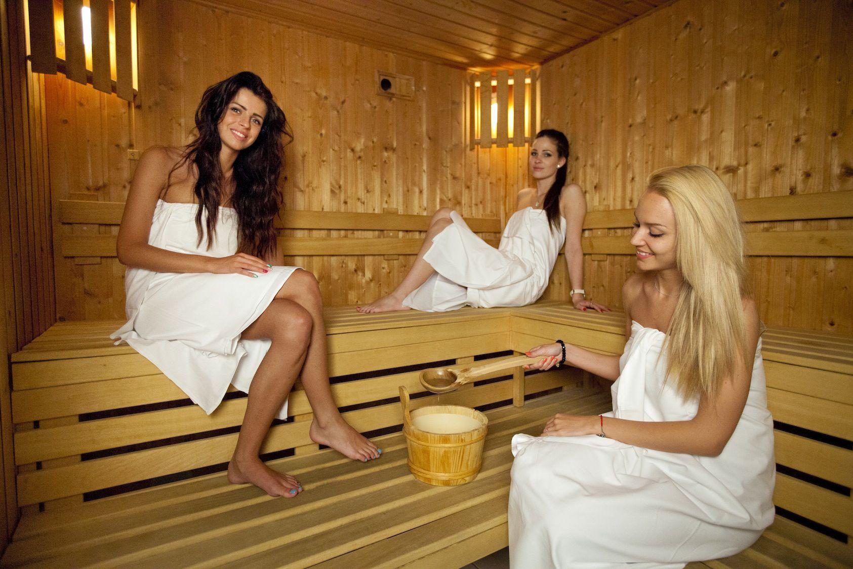 русские женщины в бане - 6