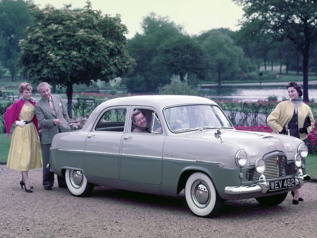 The Ford Zodiac Mk 1 Is More Luxurious Than The Zephyr Ford