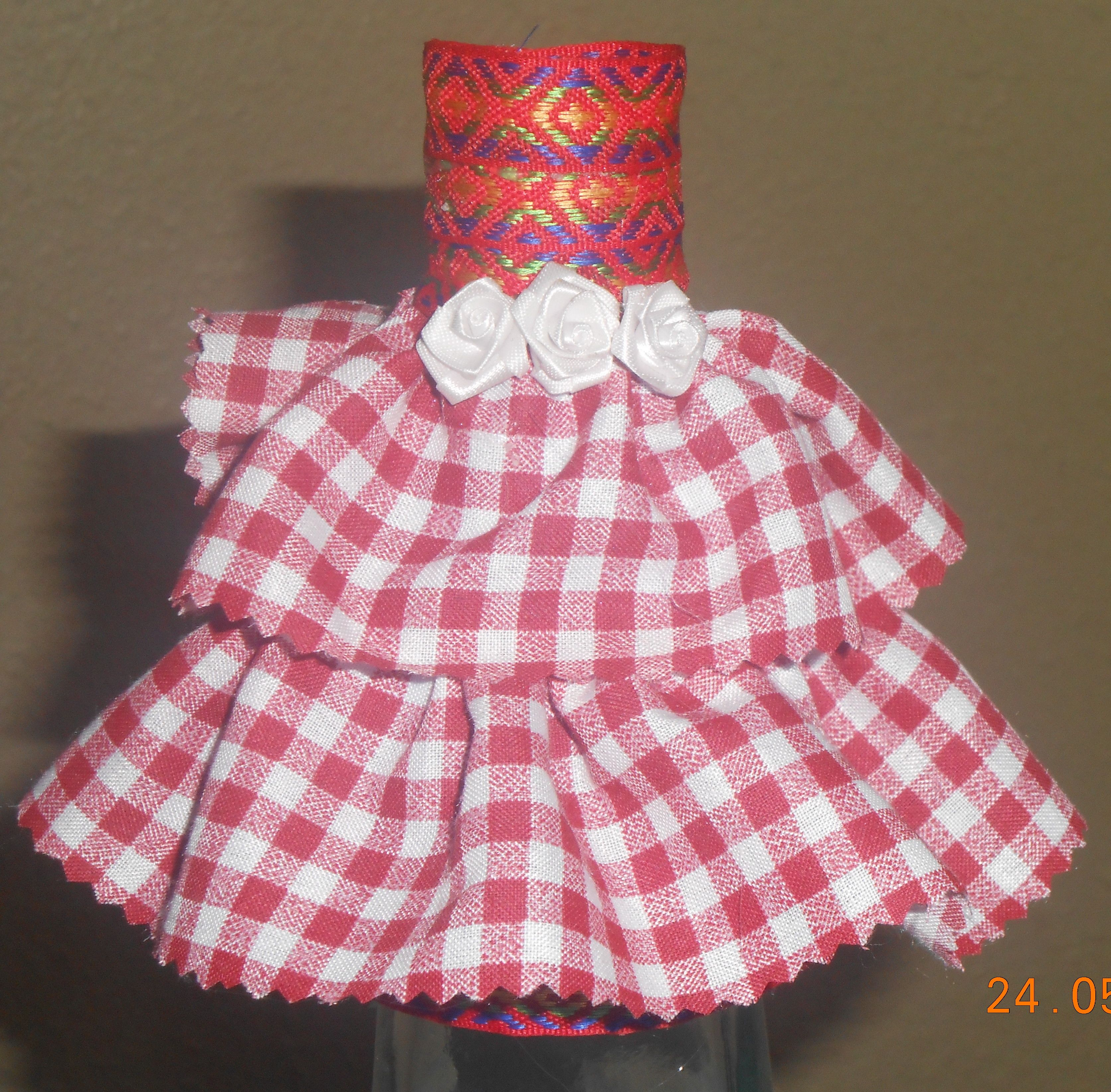 cajita en forma de vestido | tejas gomaeva y novias | Pinterest | En ...