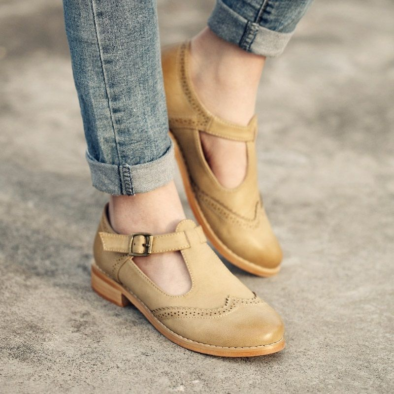 New style female Korean oxfords shoes British style carved
