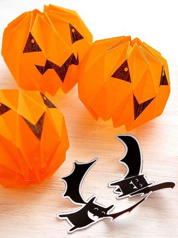 une lanterne dhalloween en origami