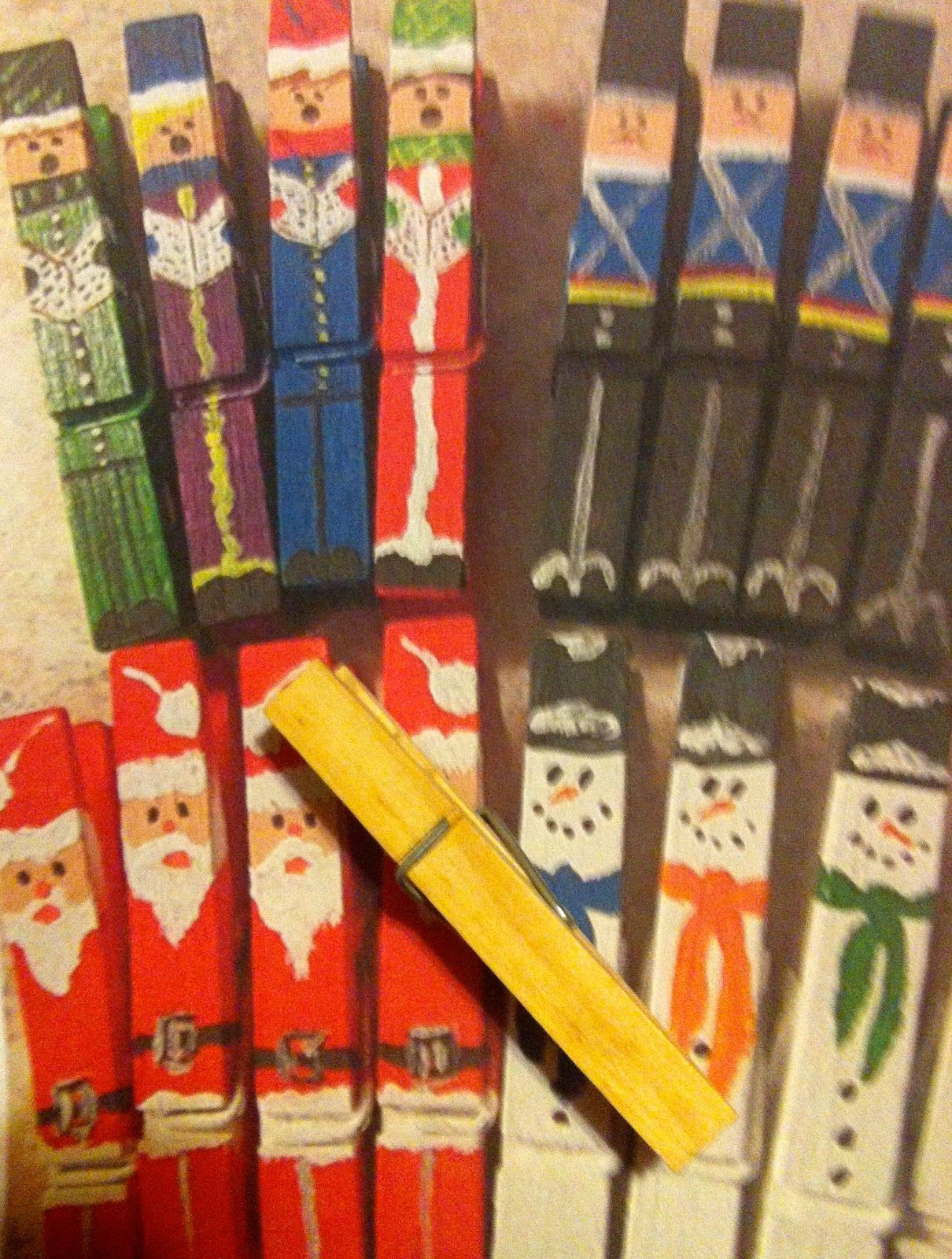 Easy christmas clothespin crafts jane says merry for Mini clothespin craft ideas