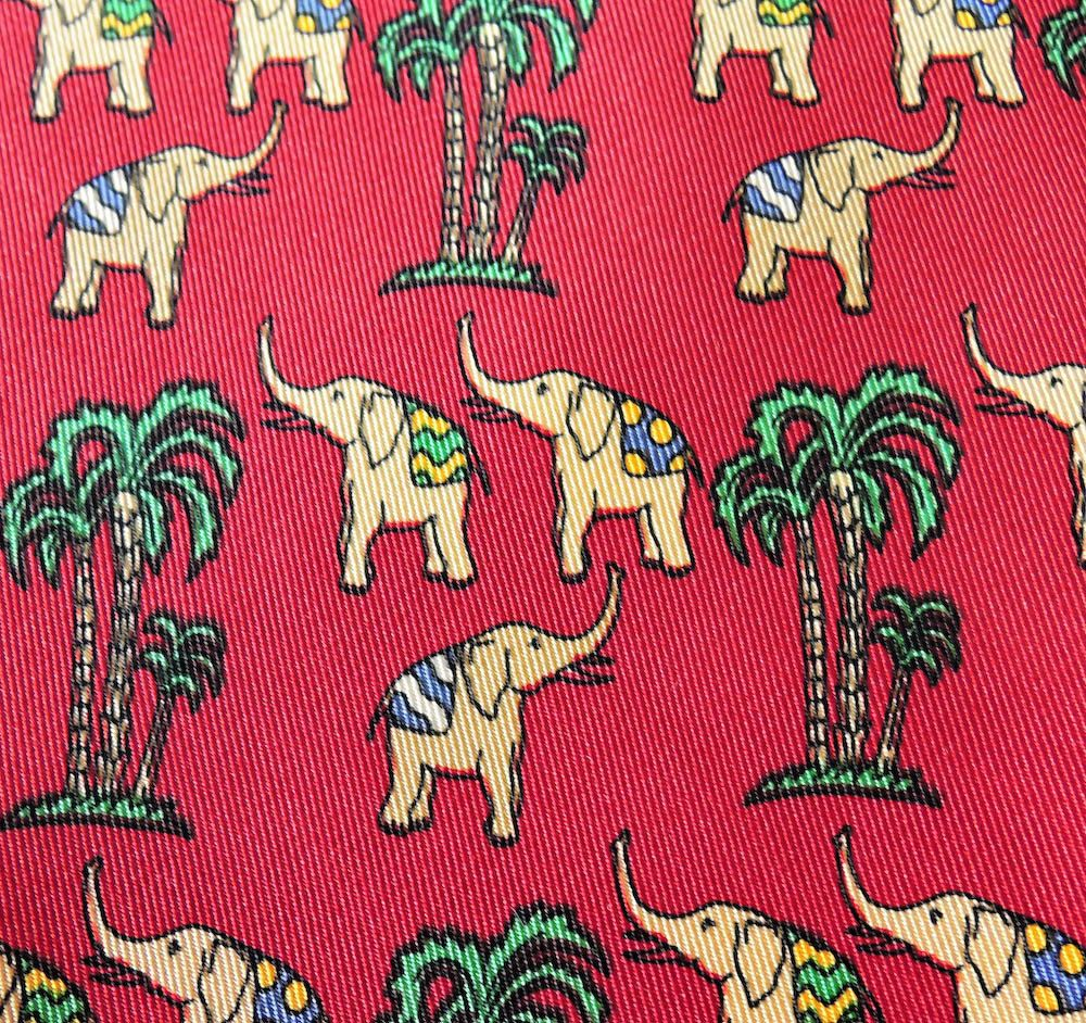 94f2eb8440bb Salvatore Ferragamo Tie Pure Silk Elephant Palm Tree Repeat Pattern Red  Vintage Designer Dress Necktie Made In Italy (28/1) by InPersona on Etsy