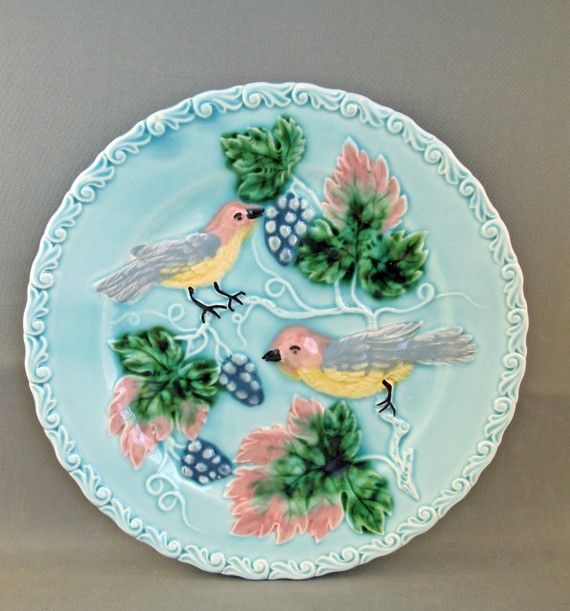 Vintage Antique German Majolica Plate with Birds makes me think of eating Tapas or brunch....a little vino & Vintage Antique German Majolica Plate with Birds | Vintage antiques ...