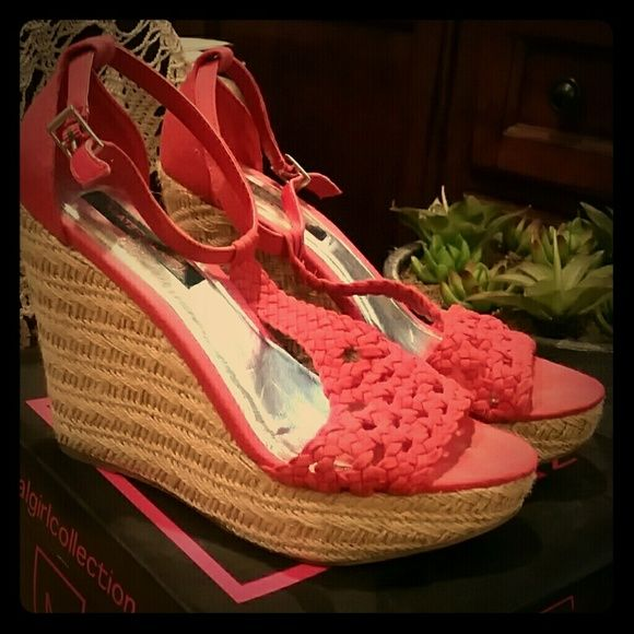 Coral Wedge Sandals Cute coral wedges by Material Girl. Worn only a few times. Very comfortable. Material Girl Shoes