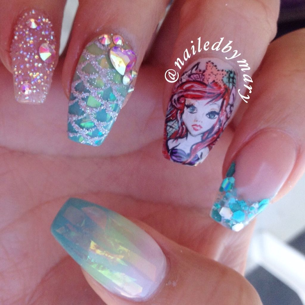 Little mermaid art Disney beach ocean sea summer hologram glitter ...
