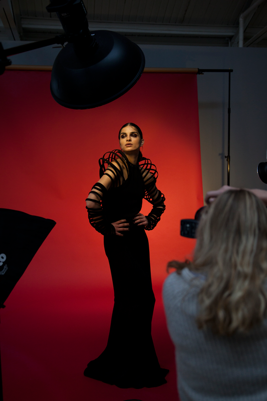 Rossella Vanon Photography Workshops behind the scenes. Studio lighting setup using one beauty dish and  sc 1 st  Pinterest & Rossella Vanon Photography Workshops behind the scenes. Studio ... azcodes.com