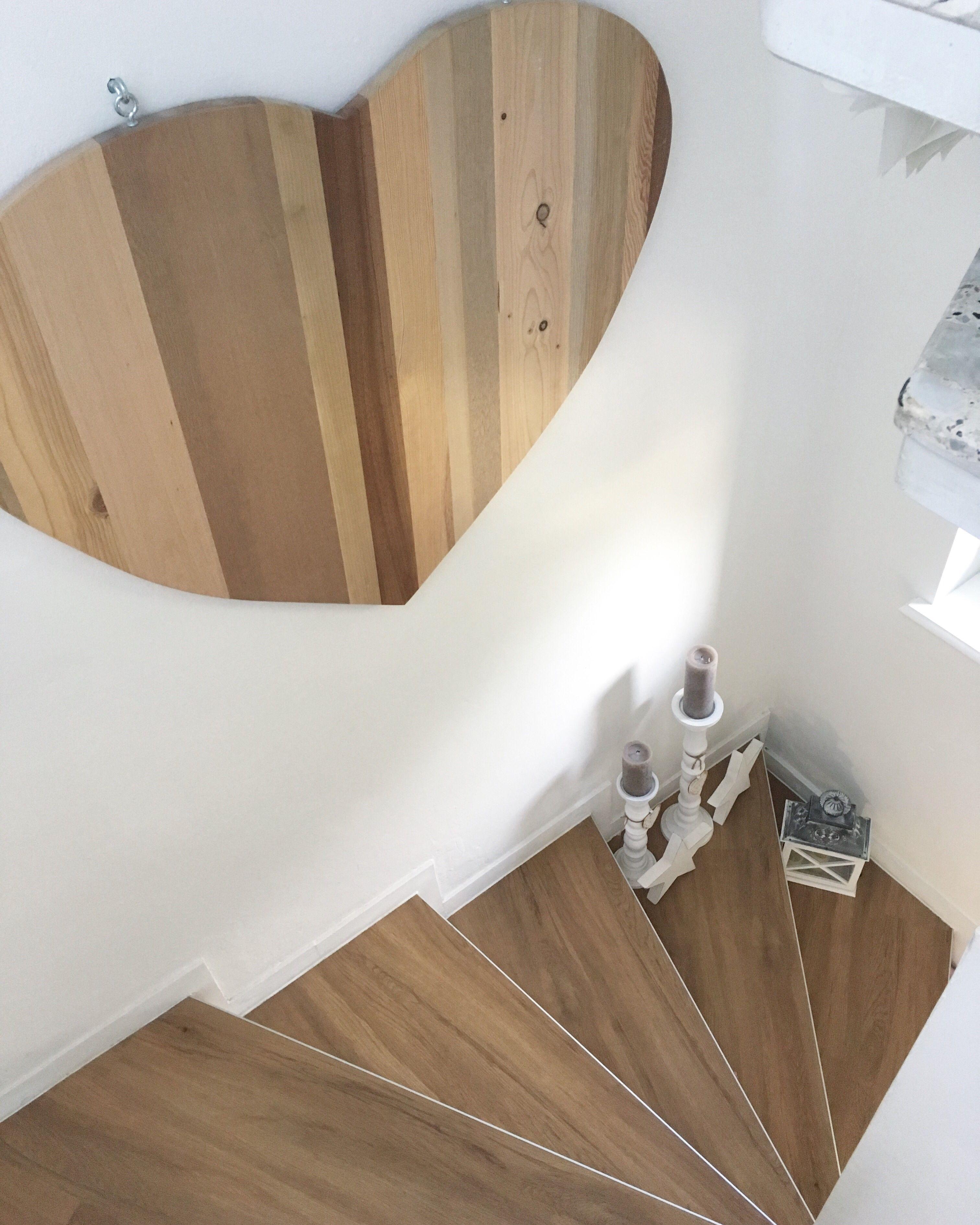 Wandgestaltung Treppenaufgang Gestalten: Treppenhaus Makeover- Sanierung Im 60 Jahre Flur