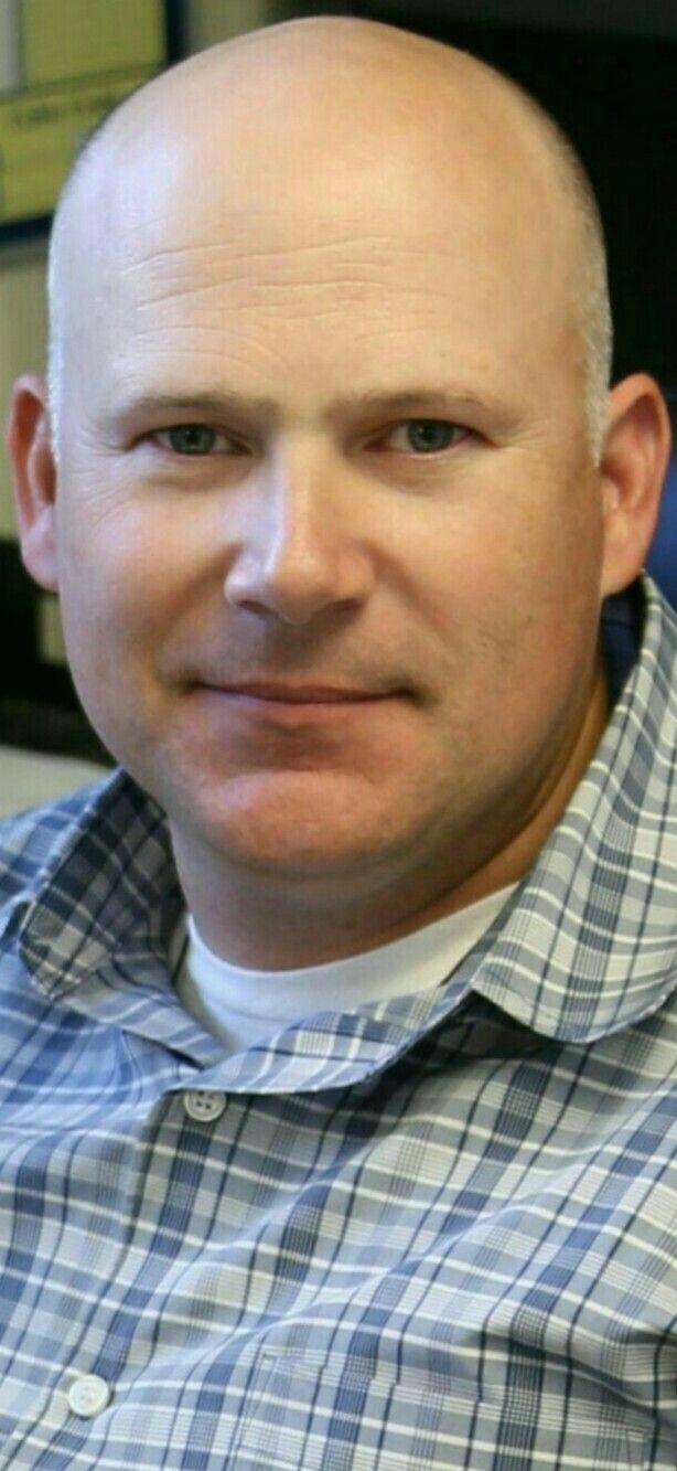 Usmc haircut styles pin by richard krueger on bald men aka chrome domes  pinterest