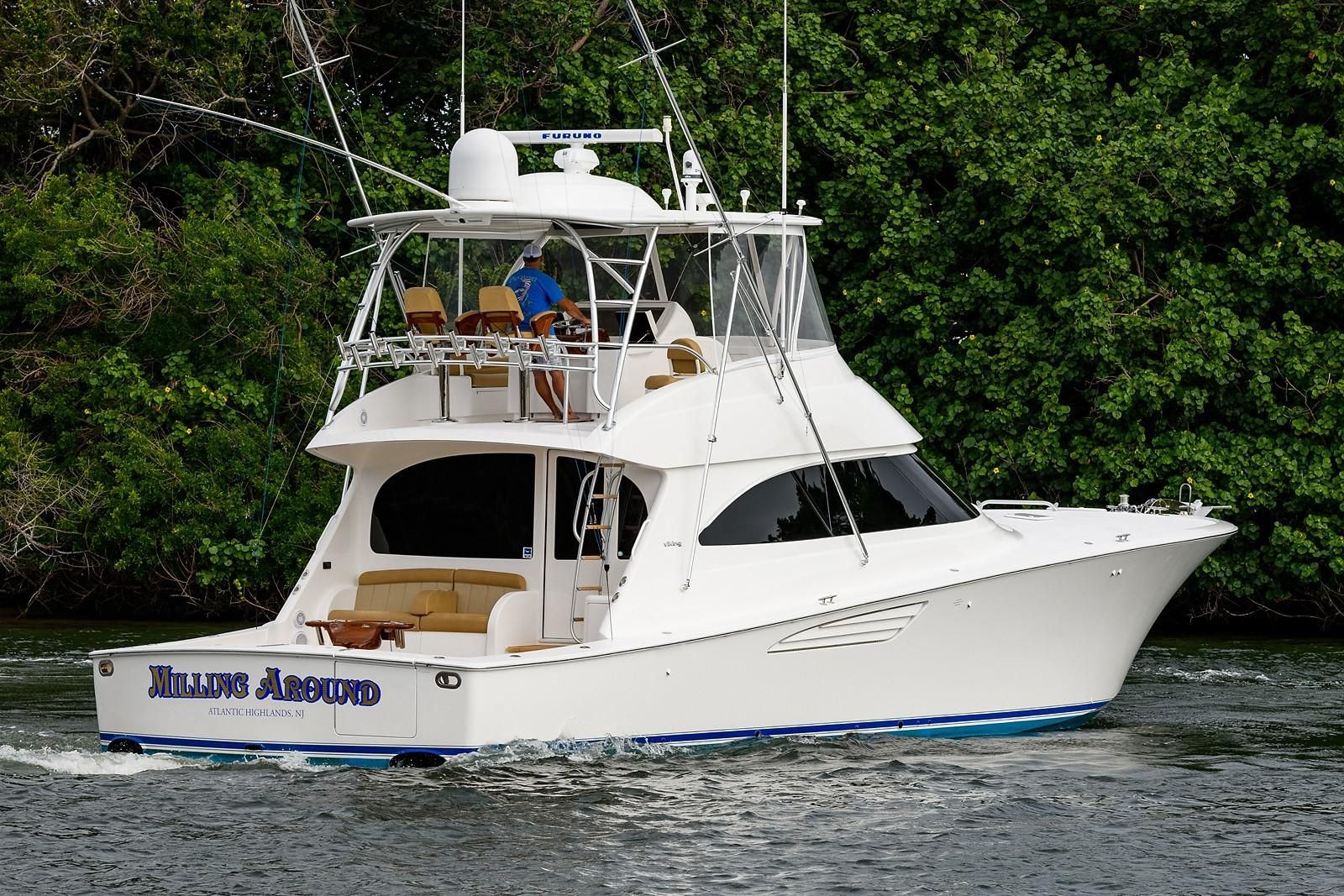 55 Viking Milling Around 2015 Palm Beach Denison Yacht