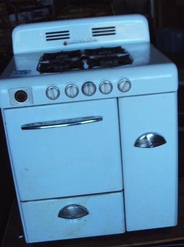 vintage magic chef white stove gas