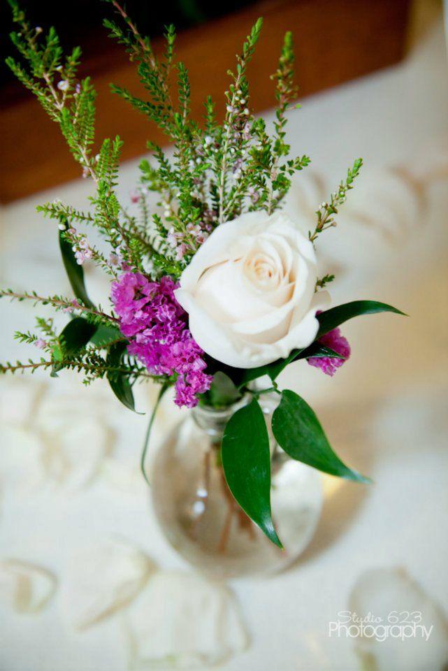 cocktail tablewedding flowers by sophisticated floral designs portland or wedding flowers www. Black Bedroom Furniture Sets. Home Design Ideas