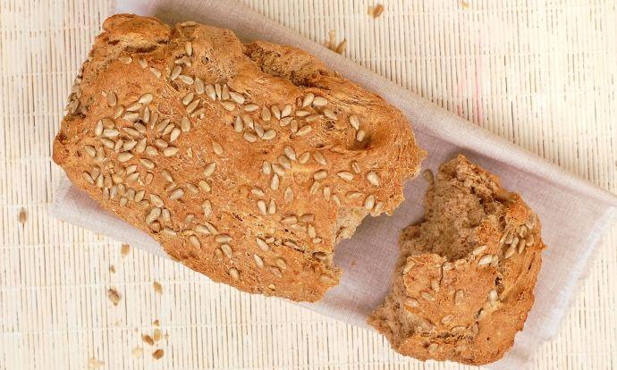 Celozrnný slunečnicový chléb