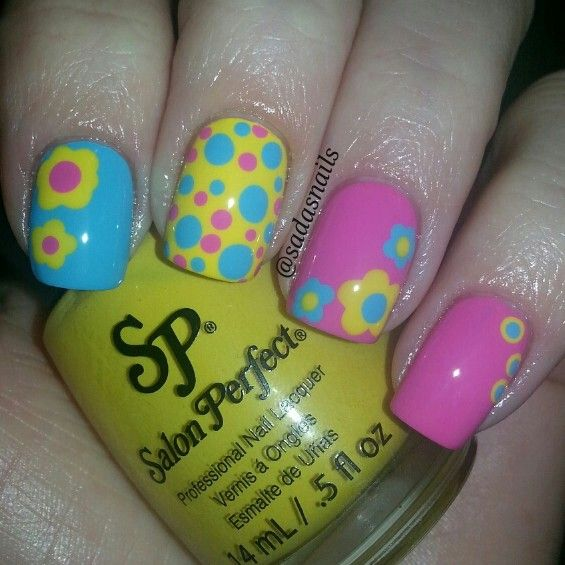 bright color nails | Uñas | Pinterest | Uñas flores