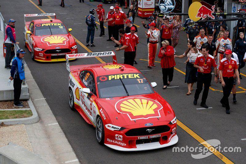 Scott Mclaughlin Djr Team Penske Ford Fabian Coulthard Djr Team Penske Ford In 2020 Ford Racing V8 Supercars Australia Ford