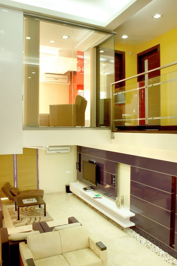 Nandidurg house interiordesignindia interior design for Duplex house interior designs photos