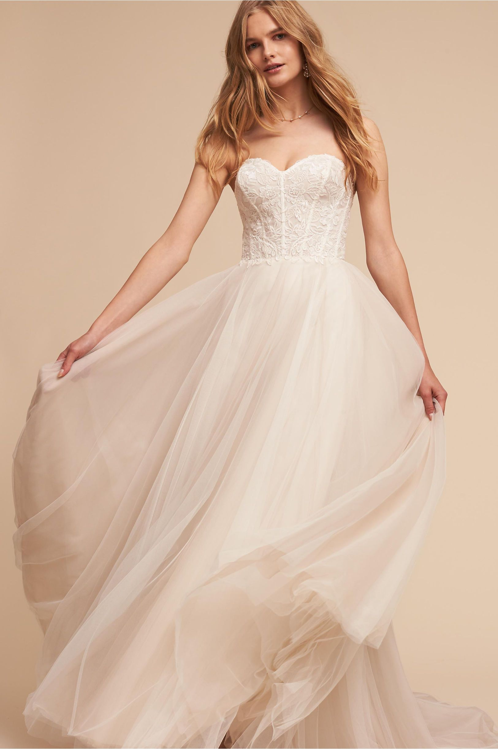 corseted bodice, lace, full tulle skirt BHLDN\'s Watters Rowland Gown ...