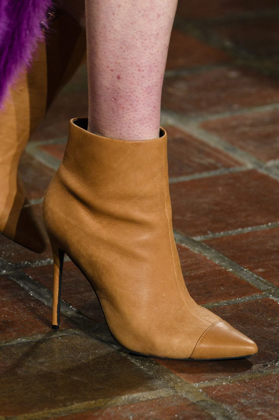 Fashion shoes, Shoe boots