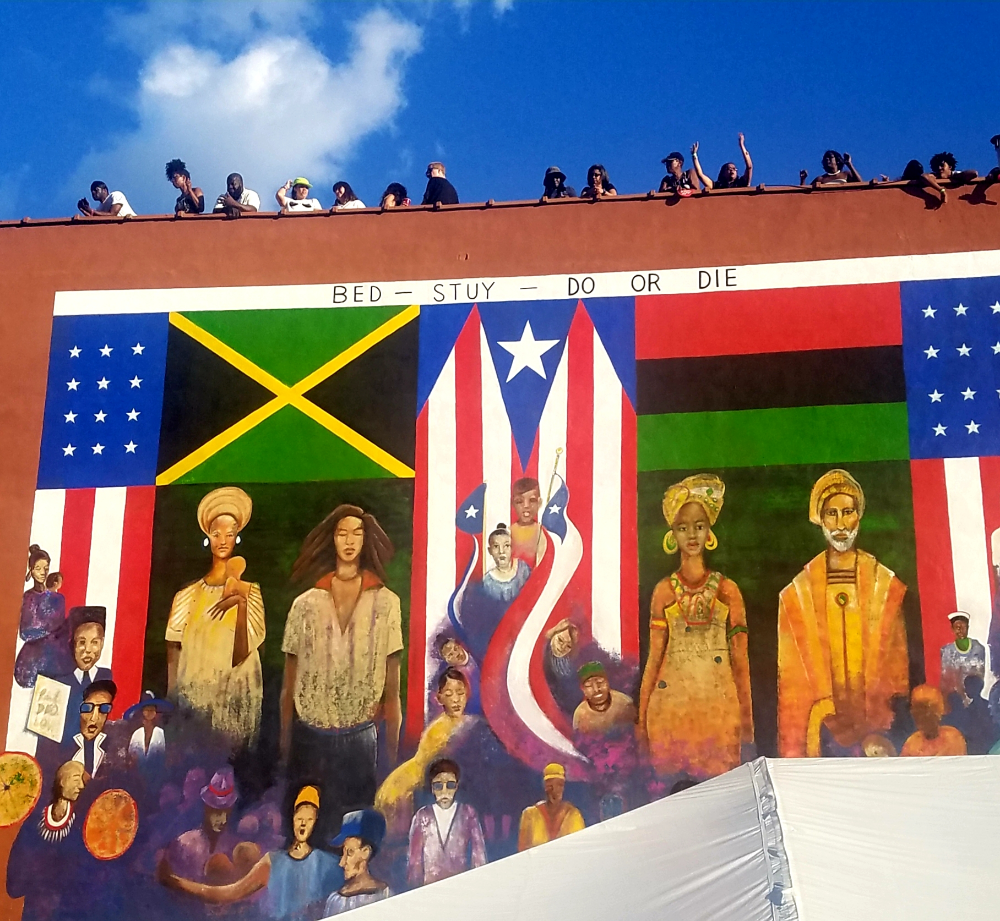 Do The Right Thing Mural Paul Deo Google Search Bed Stuy Mural School Colors