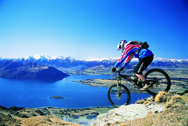 Mountain Biking Around Wanaka Breathtaking Scenic Travel