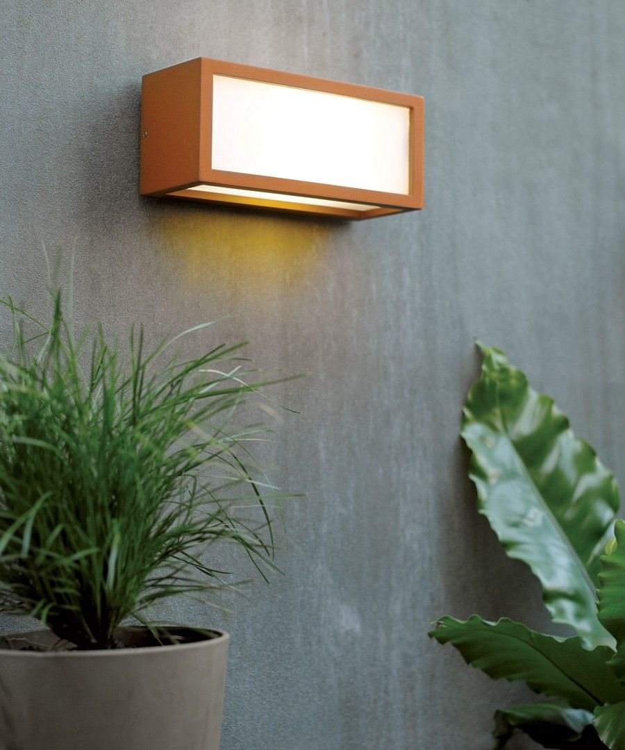 Tucson 1 Light Plain Exterior Wall Bracket In Rust Porch Lamp Outdoor Wall Lantern Wall Brackets