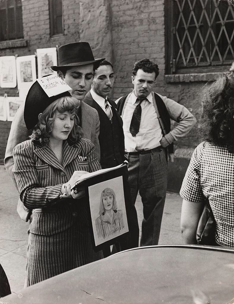 Andreas Feininger, Street Scene in Greenwich Village, New York, 1940