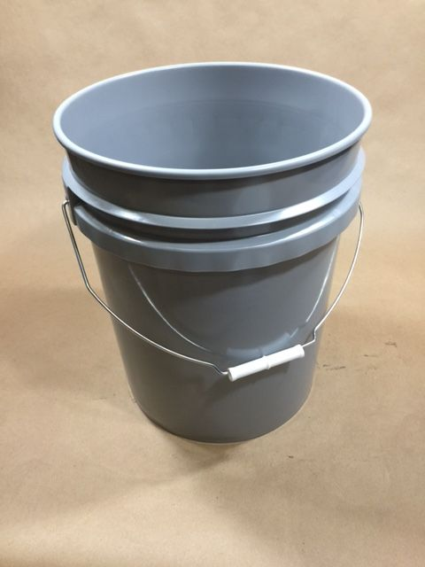 5 Gallon Grey Plastic Un Liquid Pail Yankee Containers Drums Pails Cans Bottles Jars Jugs And Boxes Plastic Pail Pail Plastic Buckets