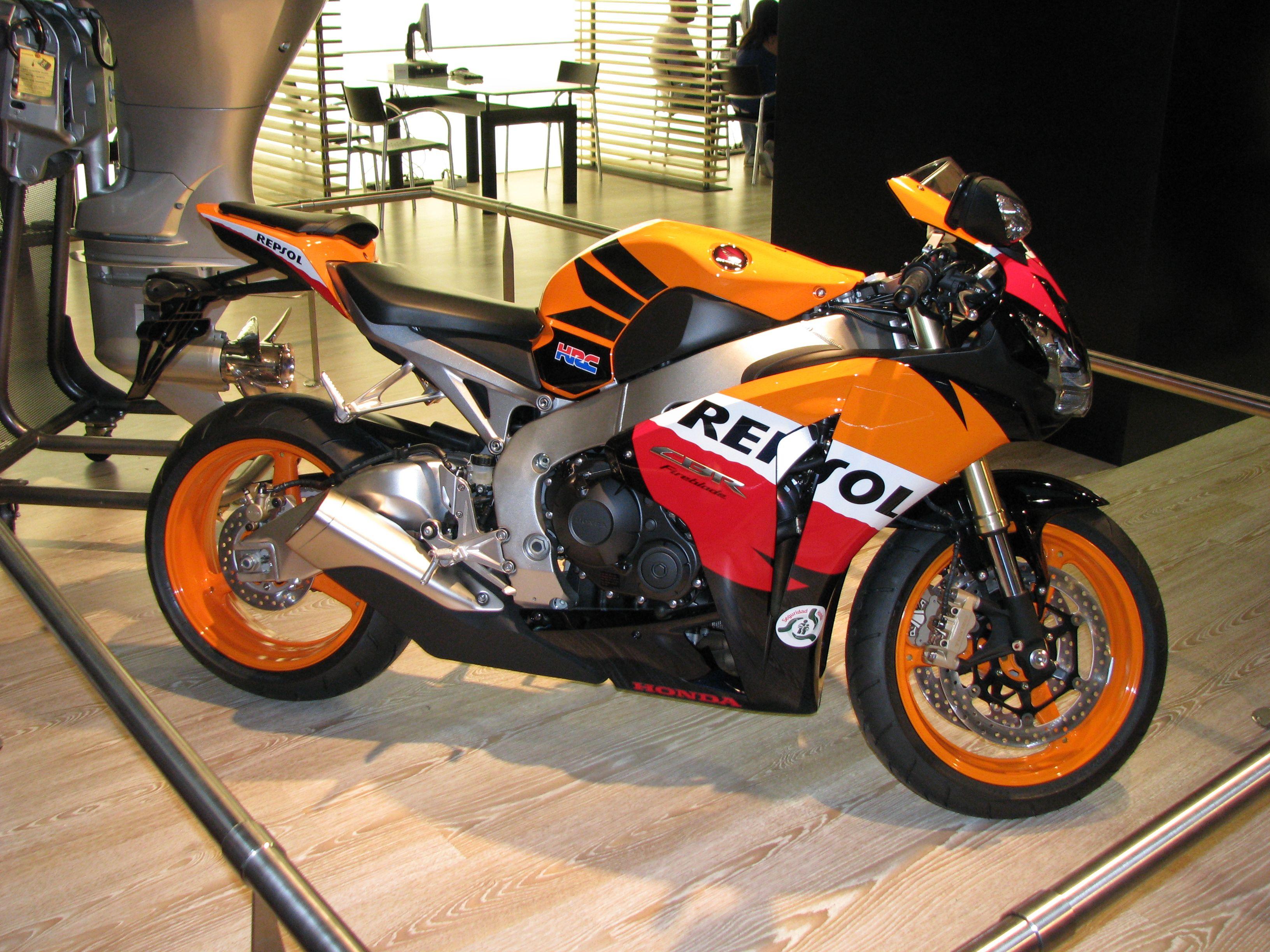 Cool bike 2014 honda cbr1000rr cycleonline news motocycles car modification pinterest cbr honda and cars