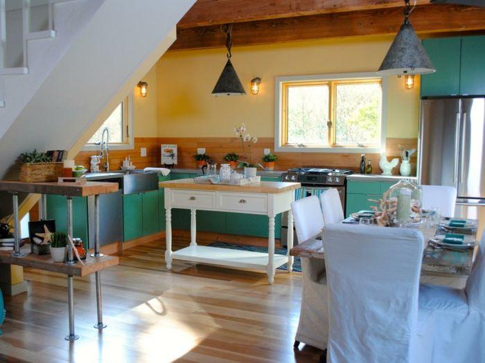Geht Es Um Wandfarbe Küche, Ist Grün Ebenso Eine Gute Strategie Für Die  Gestaltung Der Küchenwände. In Grün Kann Man Alle Vier Wände Der Küche  Streichen,.