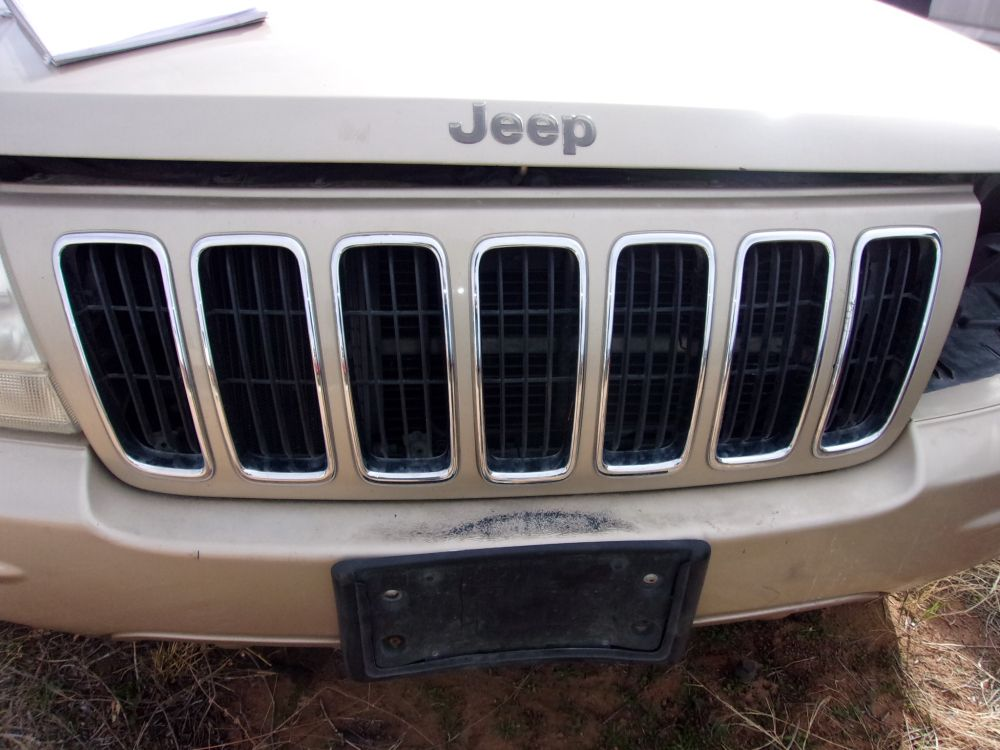Up For Sale Is A Used 2001 Jeep Grand Cherokee Limited Grill This Grill Is In Good Work Jeep Grand Cherokee Limited Grand Cherokee Limited Jeep Grand Cherokee