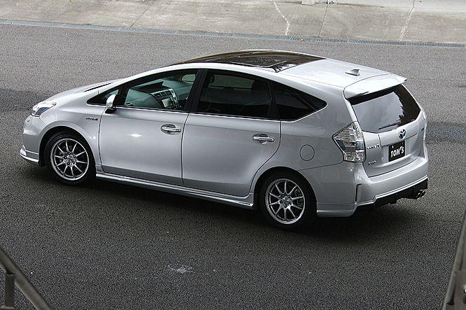 Prius α image