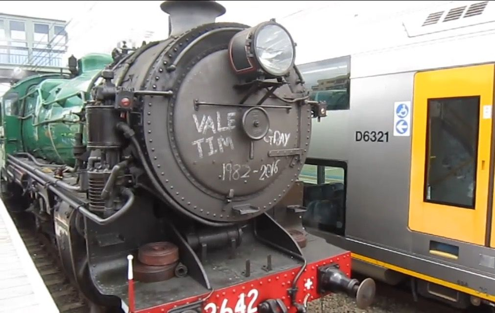 Steam loco 3642 at Hornsby station