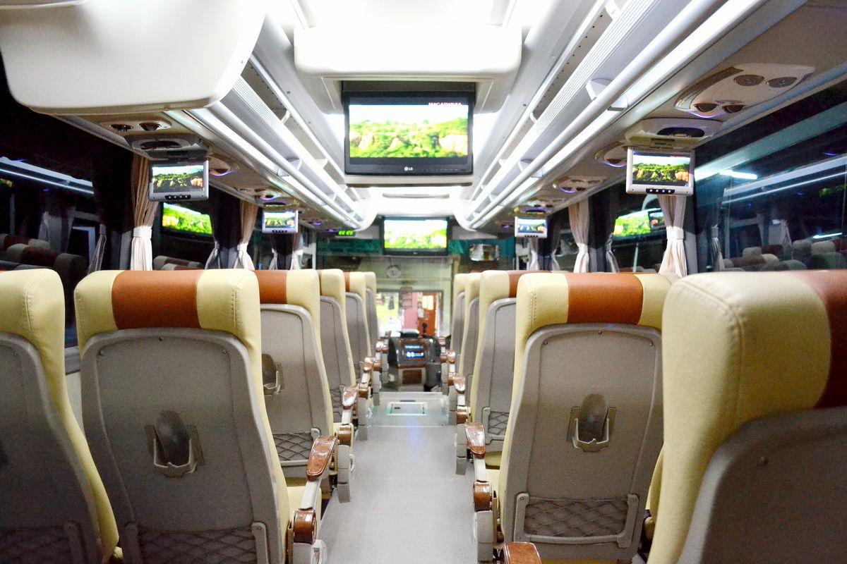 Harga Sewa Bus Pariwisata Semarang (Dengan gambar