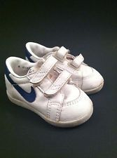 Vintage 80s BABY NIKE TENNIS SHOES