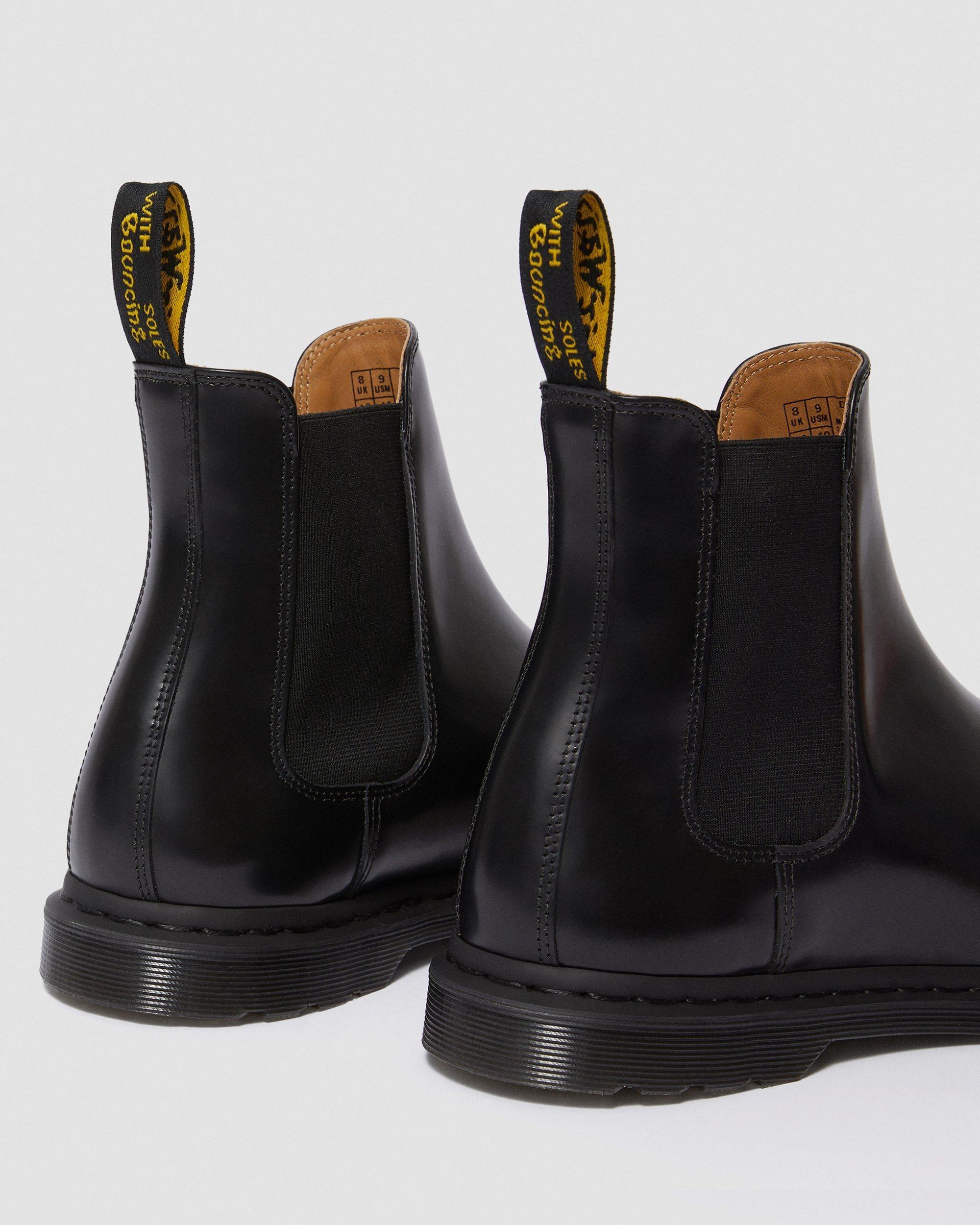 graeme leather chelsea boot