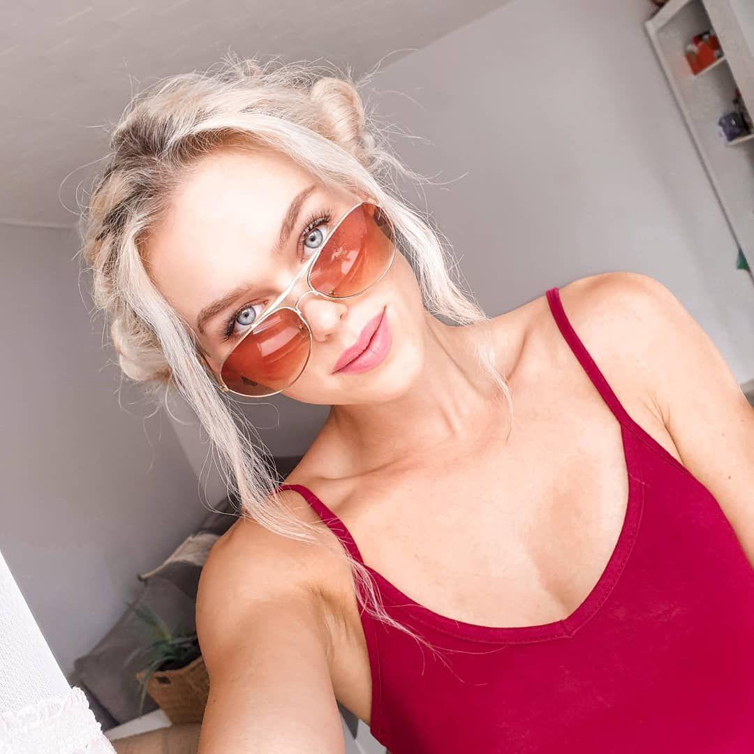 Feel good 😄 dobrej nocy kochani 🥰 . . .#polskadziewczyna #polskichlopak #polishgirl #polishboy #fit...