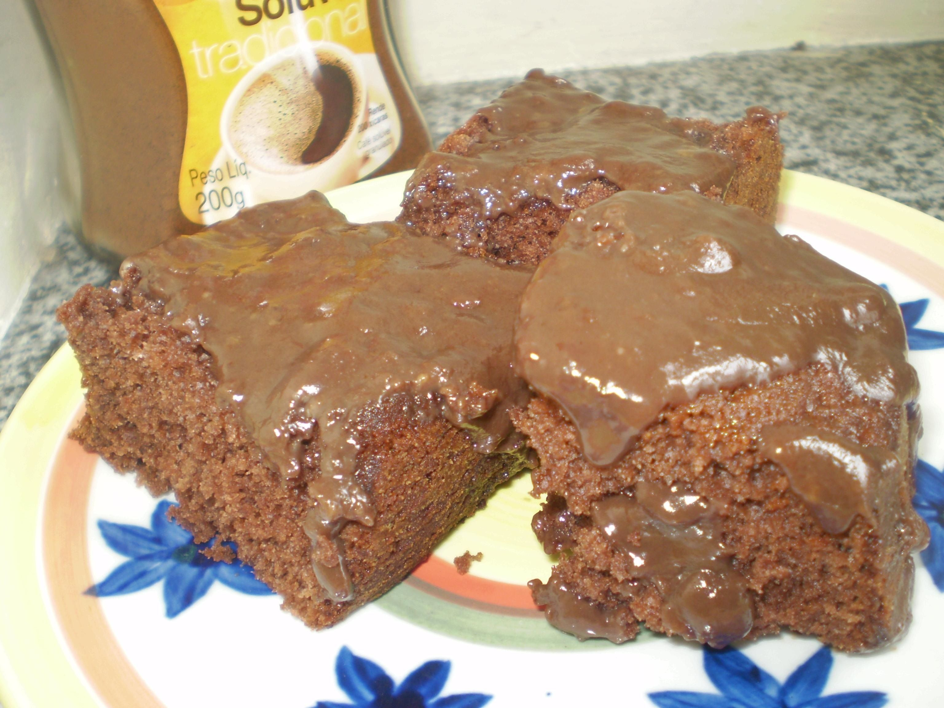 bolo de chocolate com café solúvel