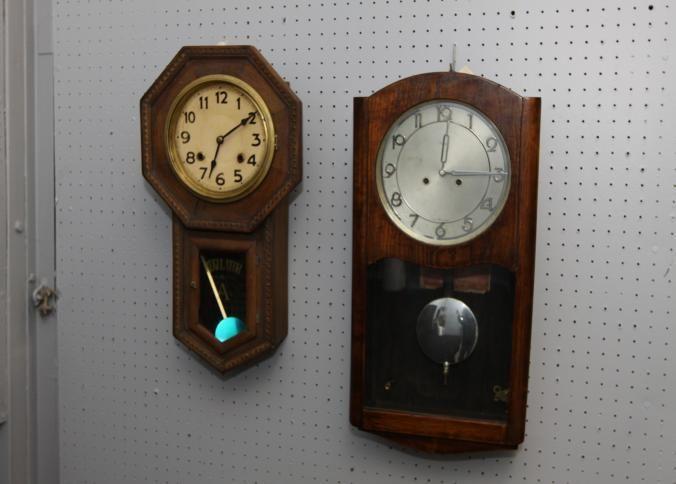 owari kienzle wall clocks regulator tagged on inside