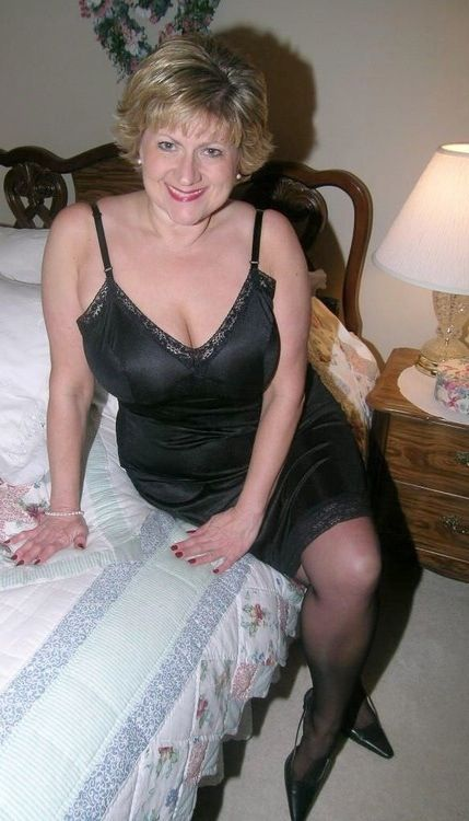 Come hither young man! Ready for a real woman!! Yes maam