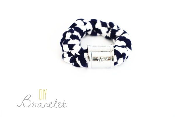 DIY Bracelet | DIY Snüffelstück Armband {Upcycling Tuesday} by http://titatoni.blogspot.de/