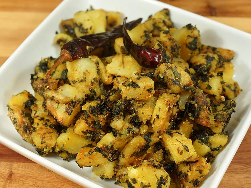 Aloo Methi (Potatoes with Fenugreek Leaves) - Manjula's ...