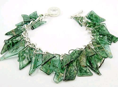 plastic jewelry- Bracelets and necklaces made from recycled CDs