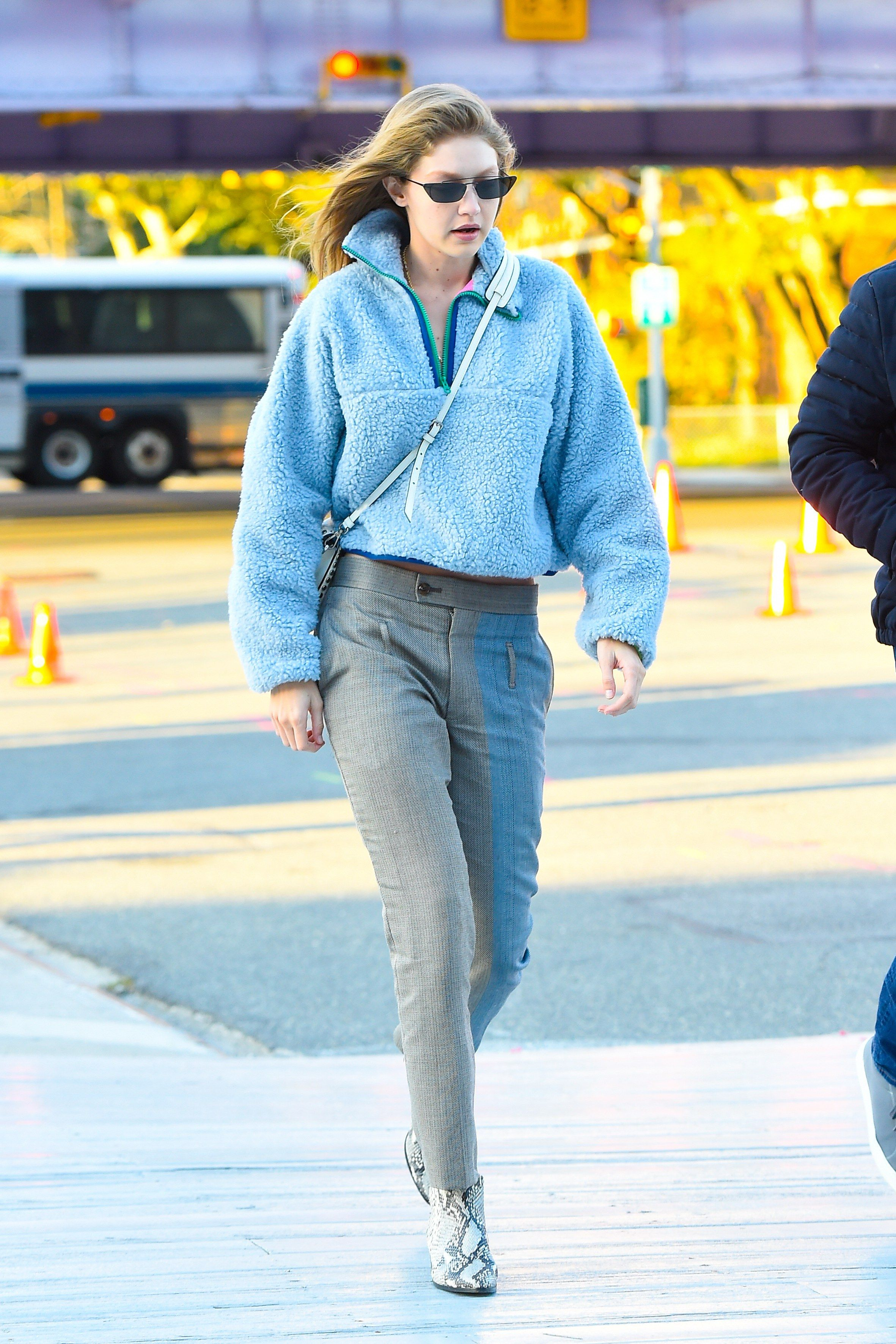 9636150e534 Gigi Hadid Made This Practical  90s Trend Cool Again in 2019 ...