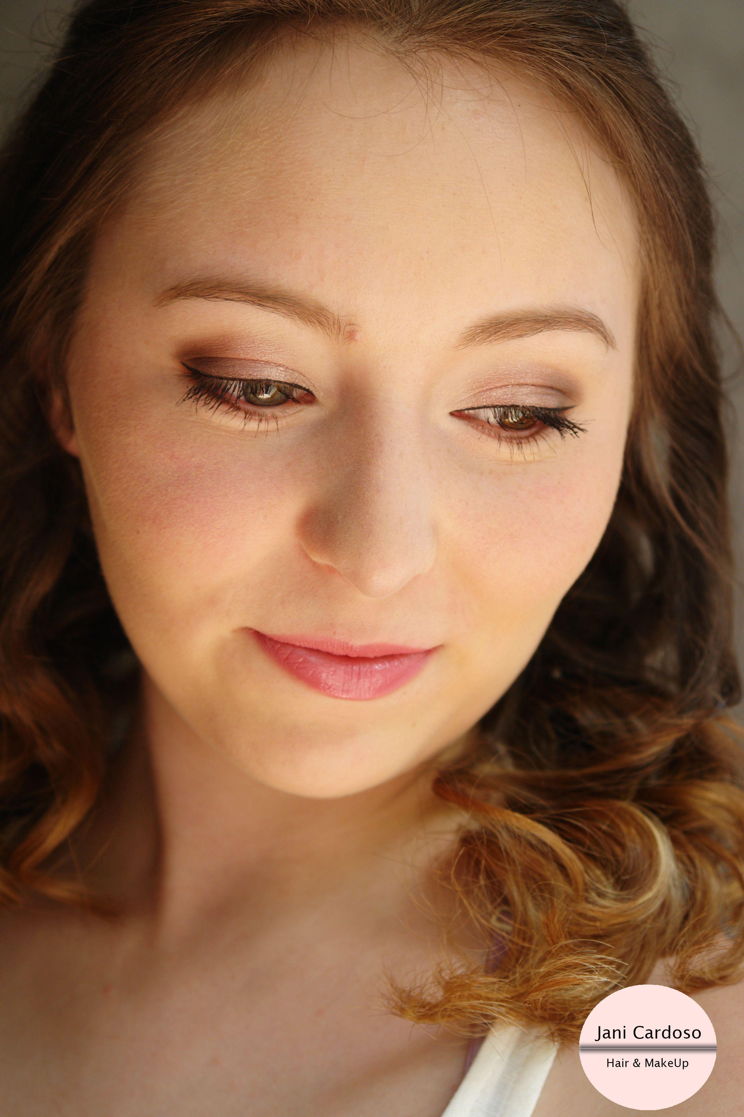 Maquilhagem *  Makeup