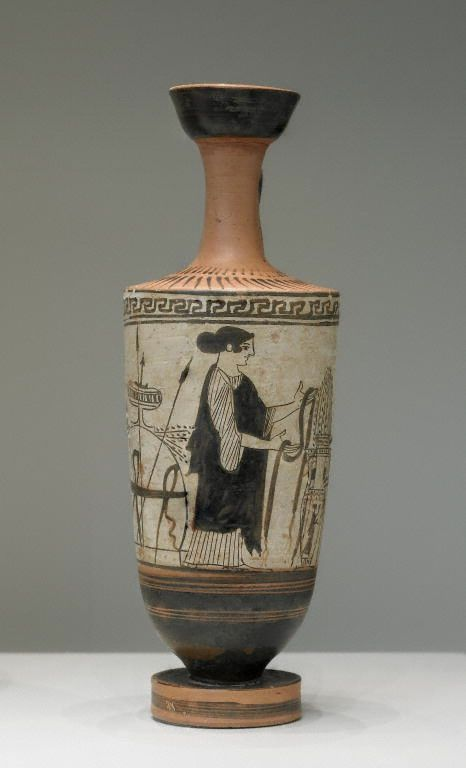 Attic White Ground Lekythos Date About 460 B C White Lekythos Near Class Atl Woman In Chiton And Black Himation Ho Griechische Keramik Griechisch Keramik