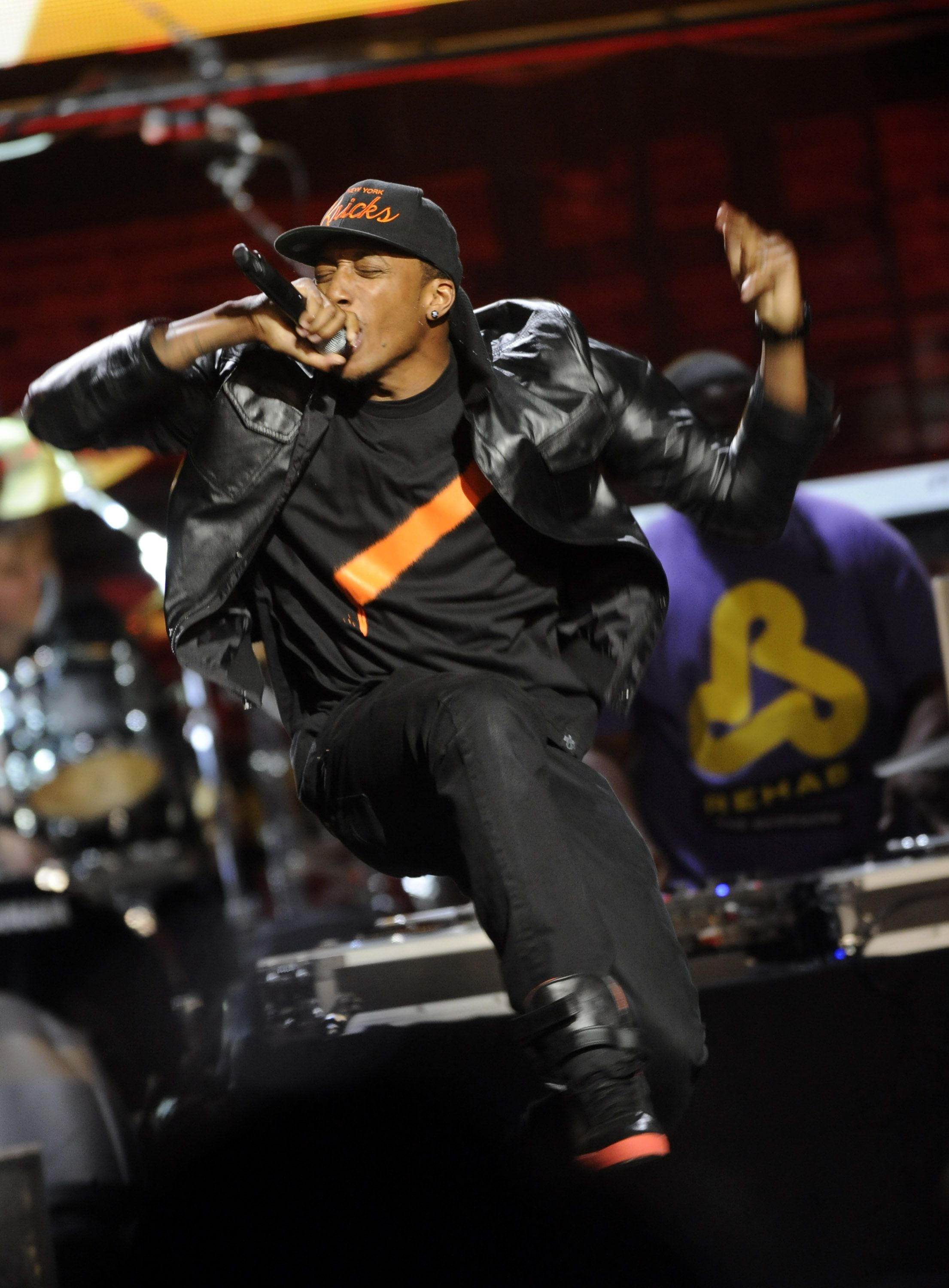 Lecrae at the 43rd annual doveawards with images
